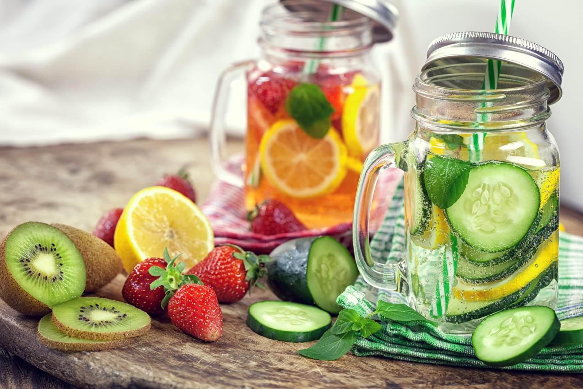 Fruit fusion detox water